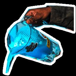 1 batidora con cóctel líquido azul